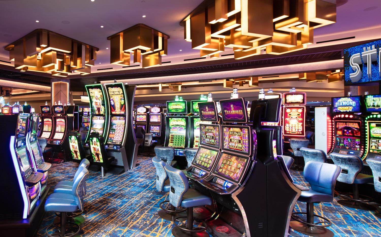 Slots The STRAT Hotel, Casino & Skypod - Las Vegas, NV